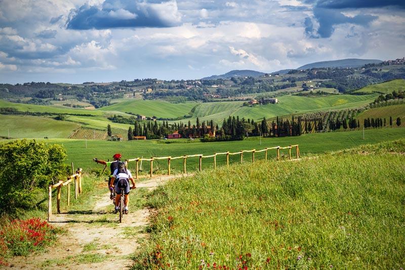 Cicloturisti_mountain_bike