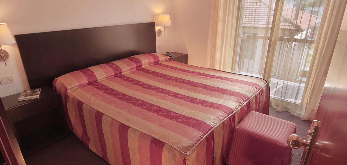 camera-classic-hotel-arnolfo-intro