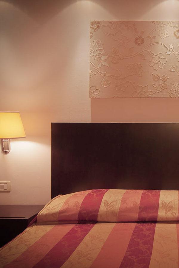 camera-classic-hotel-arnolfo-laterale